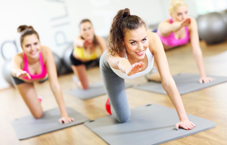 Cvičení pilates pro mírně pokročilé